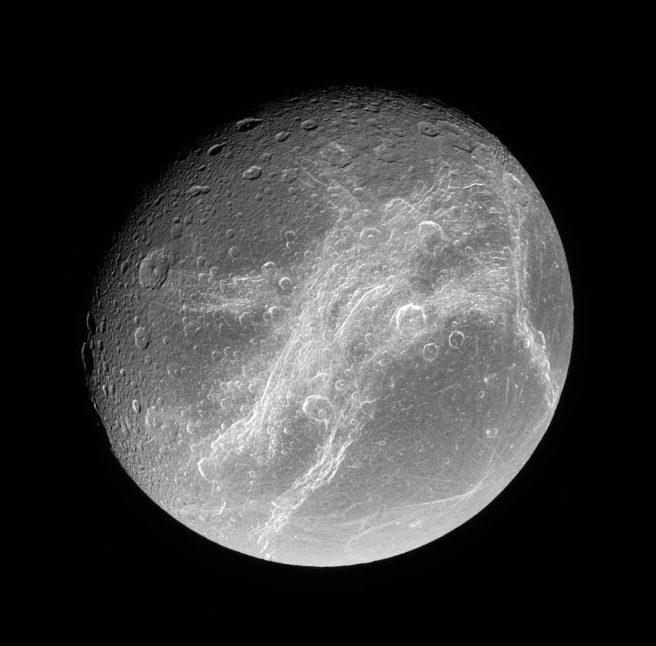 Lua Dione, uma das maiores de Saturno (Foto: NASA/JPL/SPACE SCIENCE INSTITUTE)