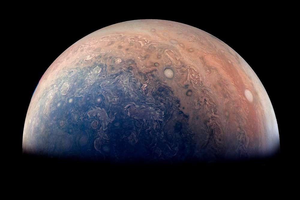 (Foto: NASA/JPL-Caltech/SwRI/MSSS/Gabriel Fiset)