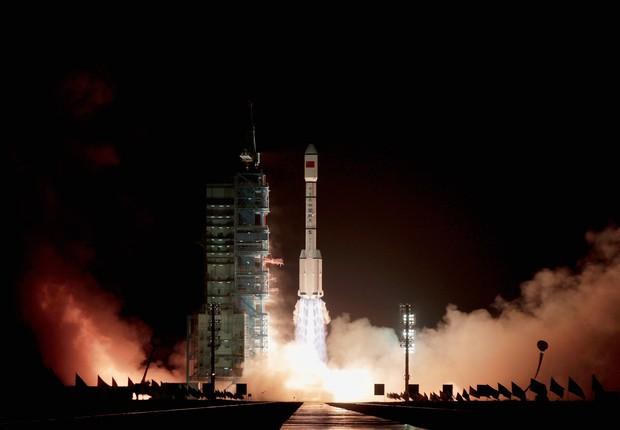 Foguete com Tiangong-1 foi lançado em 2011. Objeto continuou em operação até março de 2016 (Foto: Lintao Zhang/Getty Images)